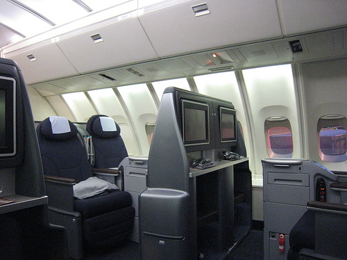 United Airlines Business Class Lets Fly Cheaper