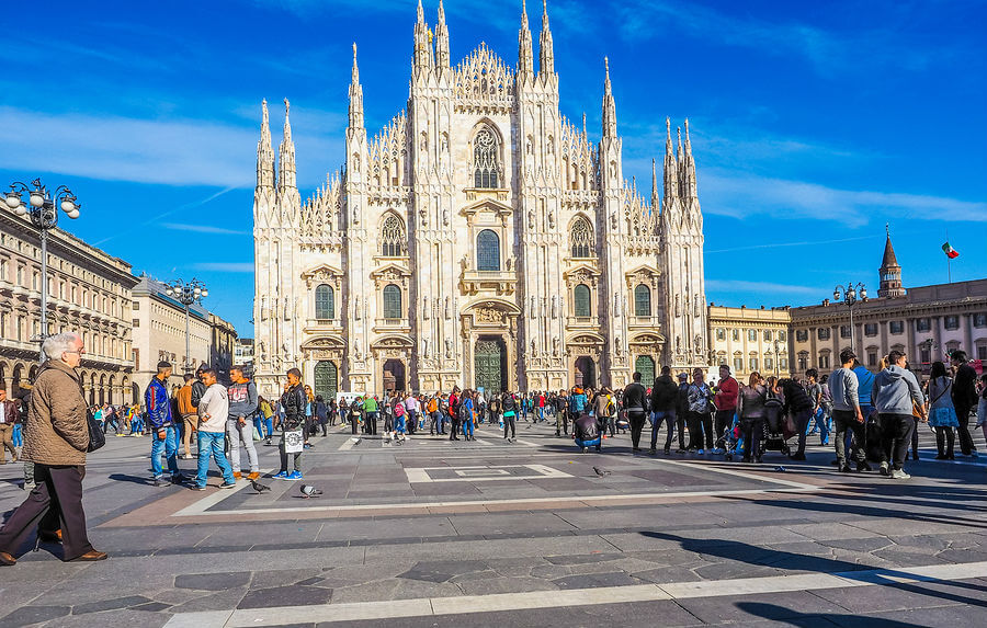 Cheap flights to milan italy trains to milan for Cheap shopping in milan