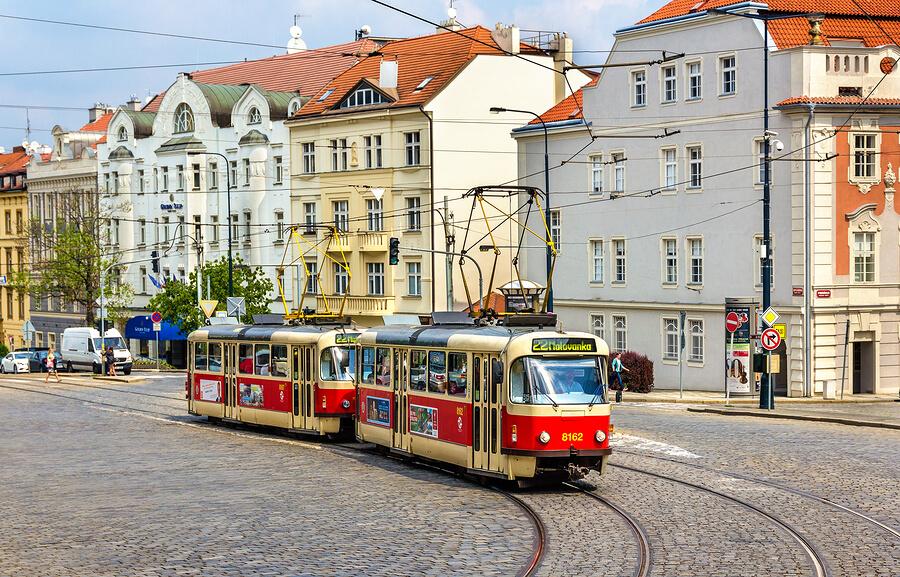Using Prague S Public Transport Subways Trams Trains