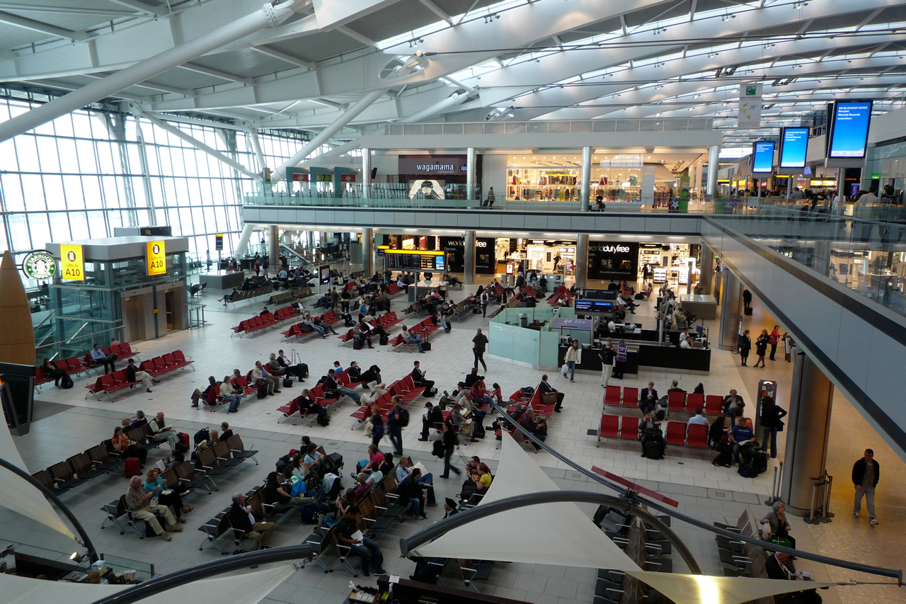 08708b8a9a7 Flights to Gatwick North Terminal by Korean Airways