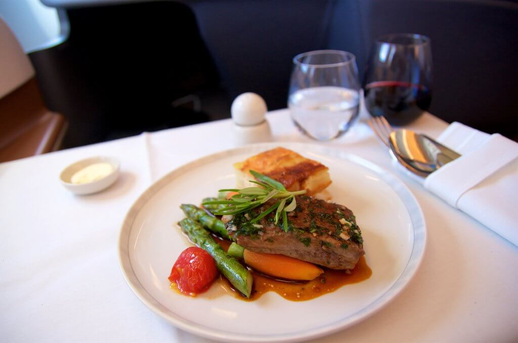 A perfect steak as an inflight meal in Business Class on the way to Singapore